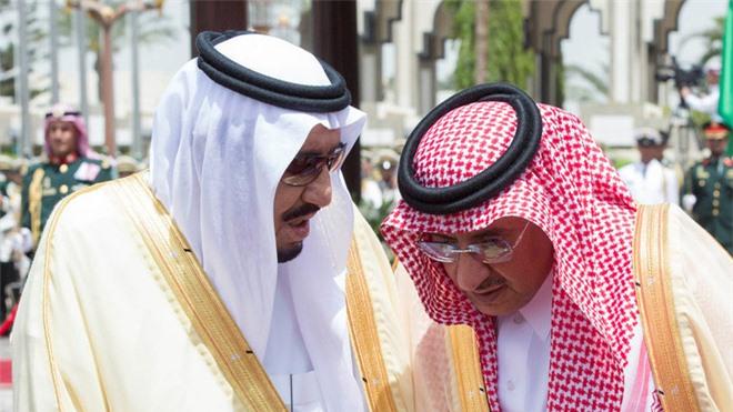 Rộ tin em và chú của thái tử Salman mưu đồ đảo chính: Điều gì xảy ra trong trò chơi vương quyền ở Saudi? - Ảnh 2.