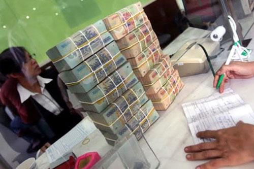 Các ngân hàng đã đăng ký gói tín dụng 285.000 tỷ đồng lãi suất thấp để hỗ trợ doanh nghiệp chịu ảnh hưởng bởi dịch bệnh (Ảnh minh hoạ: Internet)