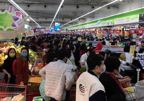 Khuyến cáo người dân không dự trữ hàng hóa, tập trung đông người