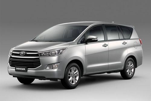 6. Toyota Innova (doanh số: 613 chiếc).