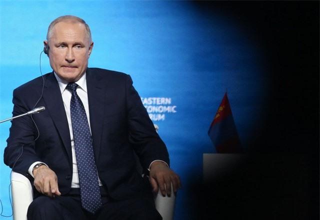 """""""Trái ngược"""" phản ứng của Nga trước cuộc chiến giá dầu với Arab Saudi: Chịu đựng 10 năm hay chỉ là nói suông? - Ảnh 1."""
