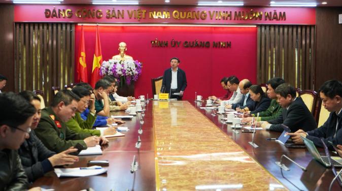 Quảng Ninh họp khẩn về phòng chống dịch covid-19.