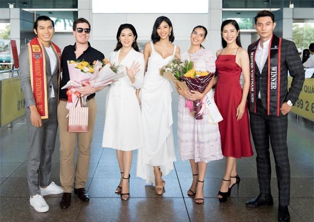 Hoàng Thuỳ tự may khẩu trang tặng Hoa hậu Siêu quốc gia đến Việt Nam - 1