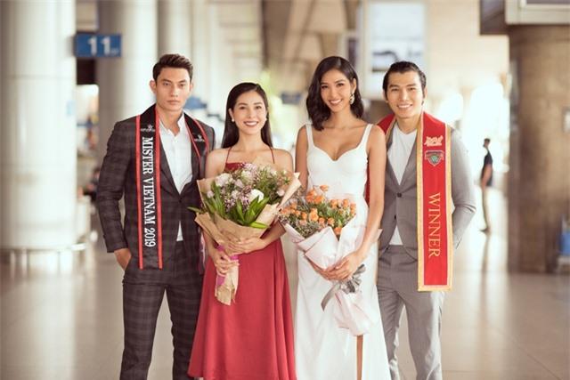 Hoàng Thuỳ tự may khẩu trang tặng Hoa hậu Siêu quốc gia đến Việt Nam - 7