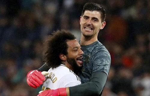 Courtois và Marcelo sẽ vắng mặt khi Real Madrid hành quân tới sân Etihad.