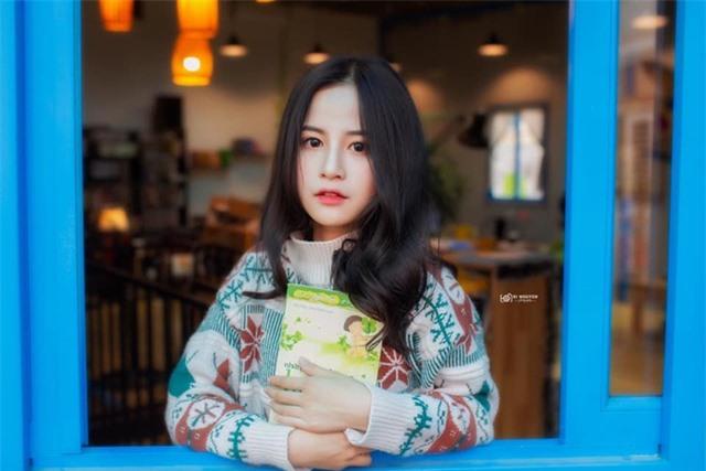 Nữ sinh xinh đẹp gây chú ý bởi nét mặt giống ca sĩ Chi Pu - 6