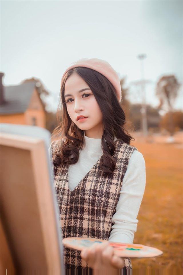 Nữ sinh xinh đẹp gây chú ý bởi nét mặt giống ca sĩ Chi Pu - 7