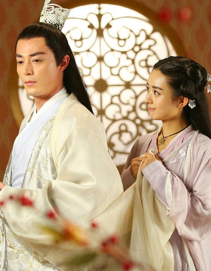 """Vai diễn """"Hoa Thiên Cốt"""" đã đem lại cho Triệu Lệ Dĩnh nhiều giải thưởng danh giá - Ảnh: Sina"""