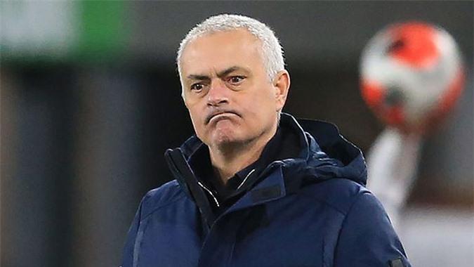Jose Mourinho không còn là chính mình như tại Chelsea, Inter hay Real Madrid