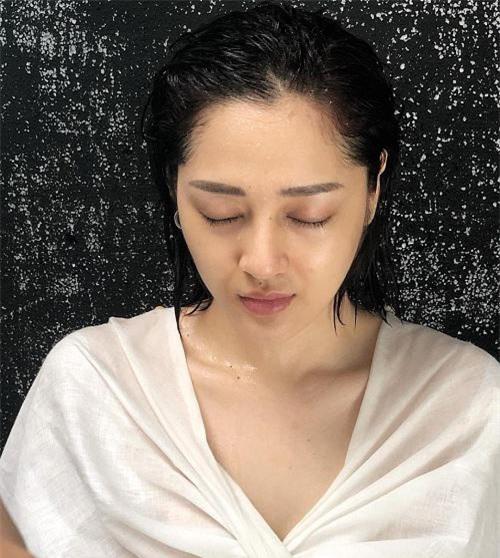 Những sao Việt nhận trọn vẹn điểm 10 khi khoe mặt mộc, xếp nhất là Phạm Hương, Bảo Anh! - 12