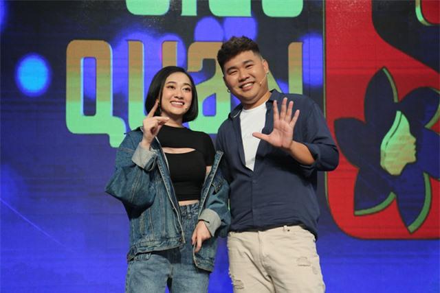 """Quang Trung """"bóc phốt"""" bạn thân Quốc Khánh ngay trên sóng truyền hình - Ảnh 1."""