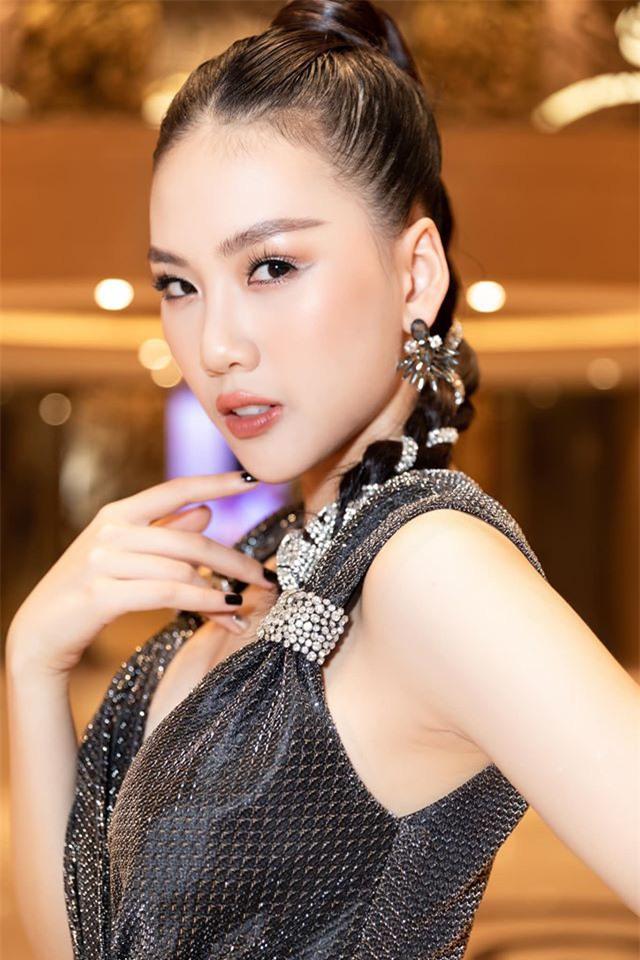 """Siêu mẫu Quỳnh Hoa tiết lộ chuyện đổi chác """"tình – tiền"""" giá nghìn đô - Ảnh 3."""