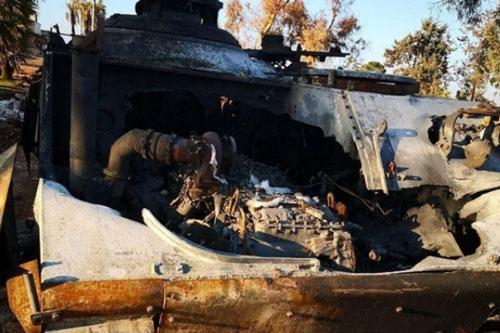 Tên lửa Syria xuyên thủng xe bọc thép ACV-15 của Thổ Nhĩ Kỳ