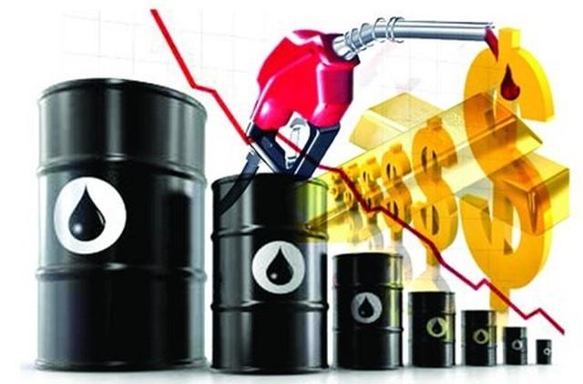 """Giá dầu, xăng giảm """"sốc"""": Tin vui cho nền kinh tế? - 1"""