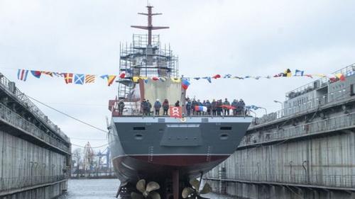 Hải quân Nga phải quay lại đặt hàng đóng mới tàu hộ vệ tên lửa Dự án 20380 lắp động cơ nội địa. Ảnh: TASS.