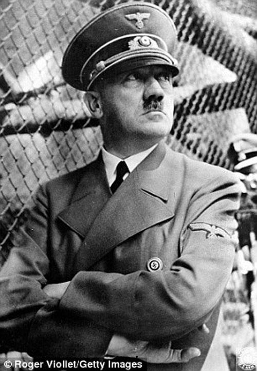 Theo ZDF, Hitler và phát xít Đức đã tiến rất gần đến việc sản xuất bom nguyên tử trong những ngày cuối Chiến tranh thế giới 2.