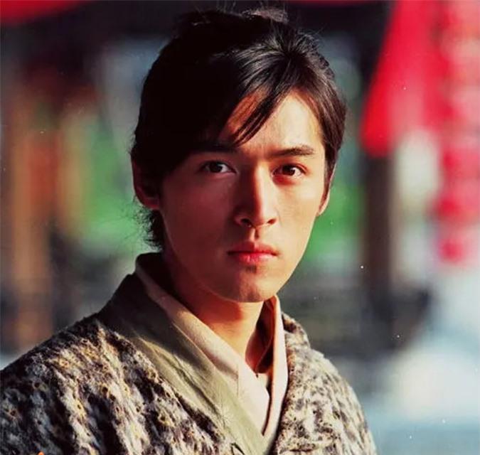 Ảnh cũ nam thần Hồ Ca trong 'Tiên kiếm kỳ hiệp' 15 năm trước bất ngờ gây sốt, fan thổn thức vì 'góc nghiêng thần thánh' - Ảnh 5