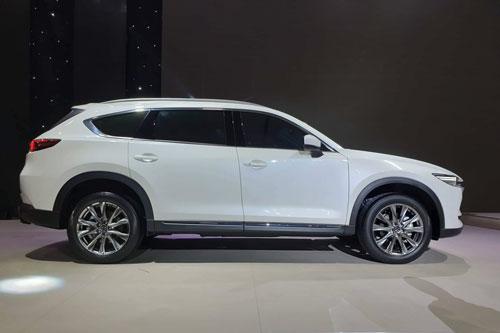 Mazda CX-8. Ảnh: AutoZone.