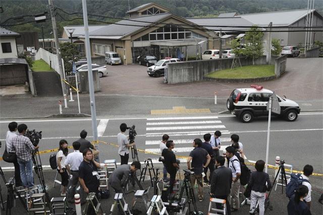 Nhật Bản tuyên án tử hình đối tượng giết 19 người khuyết tật - Ảnh 1.