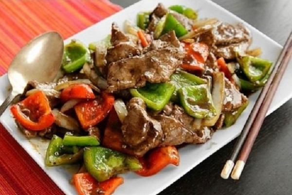 Xào thịt bò bằng dầu lạnh thịt bò mềm hơn