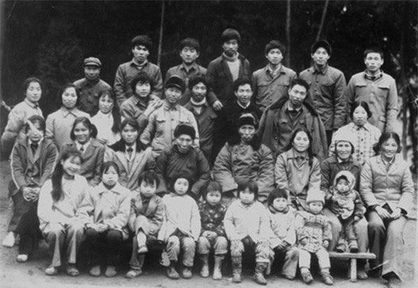 Người đàn ông thọ 256 tuổi, kết hôn với 23 người vợ và có 108 người con - 3