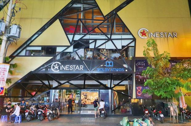 TP.HCM tạm ngưng hoạt động các rạp chiếu phim, quán bar, game online, điểm massage, karaoke, vũ trường, sân khấu.