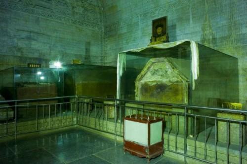 Bên trong mộ của Càn Long