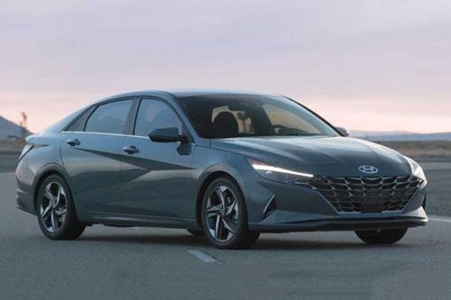 Hyundai Elantra Hybrid 2021.