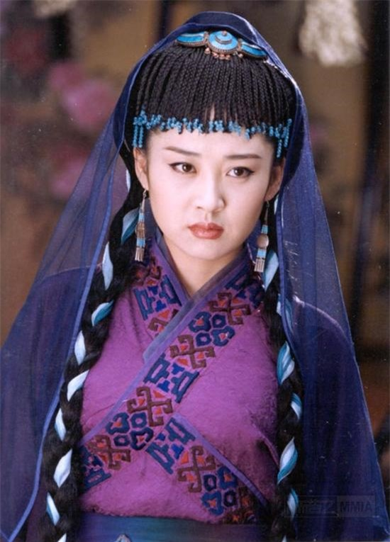 """Phận đời """"một trời một vực"""" mỹ nhân phim Kim Dung: Người tự tử, kẻ hạnh phúc bên đại gia - 6"""
