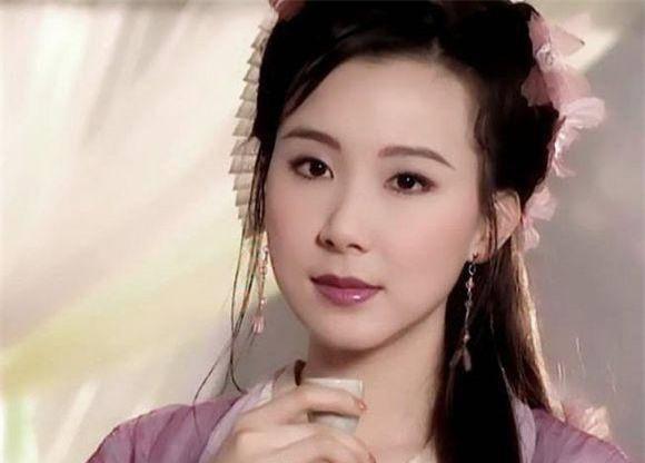 tung-la-22de-nhat-mi-nhan-dai-loan22-lan-luot-ca-lam-chi-linh-tieu-tuong-thanh-tham-hoa-dao-keo-vuong-tinh-co-chau-vung-trom-6-ngoisao.vn-w580-h416 13