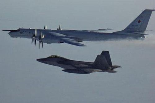 Bộ chỉ huy phòng thủ hàng không vũ trụ Bắc Mỹ (NORAD) ngày 10-3 cho biết, hai máy bay tuần tra chống ngầm Tu-142 của Nga hôm 9/3 đã vào khu vực nhận dạng phòng không (ADIZ) của Alaska