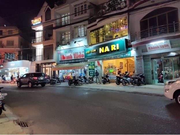 2 quán kem nổi tiếng Đà Lạt cũng không còn cảnh khách xếp hàng trước quán vào mỗi tối.