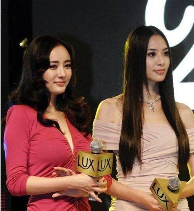 Loạt ảnh 9 năm trước gây sốt: Dương Mịch bị sắc vóc quá nuột nà của tình cũ Huỳnh Hiểu Minh dìm tơi tả 3