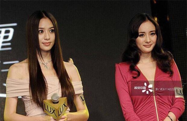 Loạt ảnh 9 năm trước gây sốt: Dương Mịch bị sắc vóc quá nuột nà của tình cũ Huỳnh Hiểu Minh dìm tơi tả 2