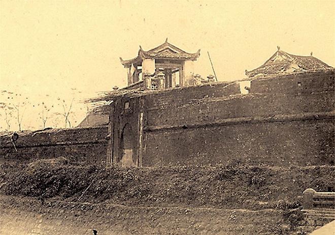 Thành cổ Sơn Tây tháng 4/1884. Ảnh: Wikipedia
