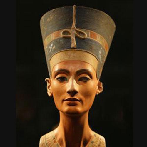 Mô phỏng chân dung Nữ hoàng Nefertiti. Ảnh: Biography