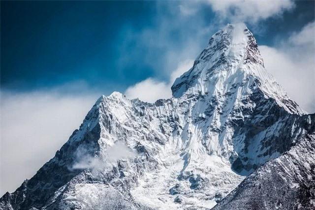Những ngọn núi đẹp nhất thế giới  - ảnh 1