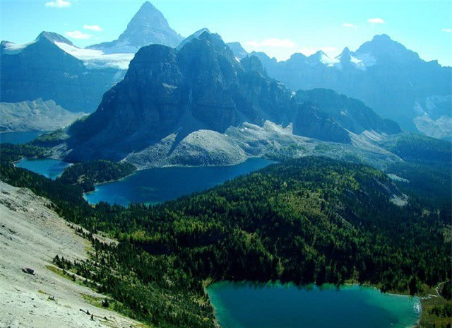 Những ngọn núi đẹp nhất thế giới  - ảnh 3