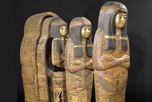 Một quan tài nhiều lớp thuộc ngôi đền Tamutnofret, được dự đoán có từ thời vua Ramses II (khoảng 1279-1213 trước công nguyên).