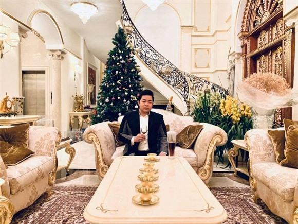 Ca sĩ Quang Lê khiến nhiều người bất ngờ về sự giàu có - Ảnh 2.