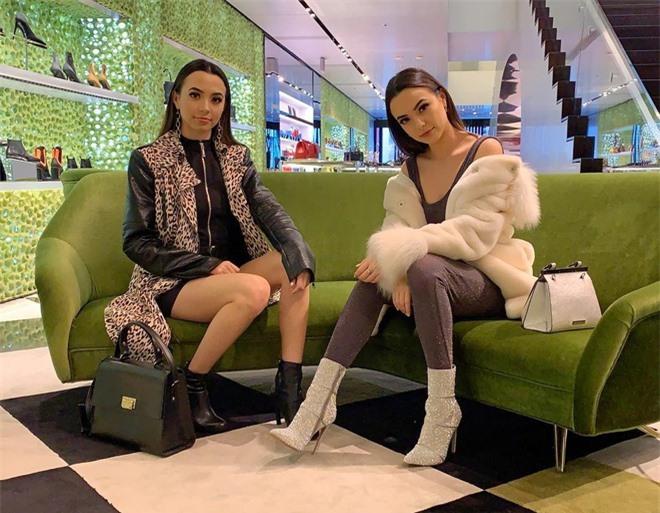 'Cặp chị em đẹp nhất Đài Loan' và các đôi song sinh nổi tiếng MXH - Ảnh 6