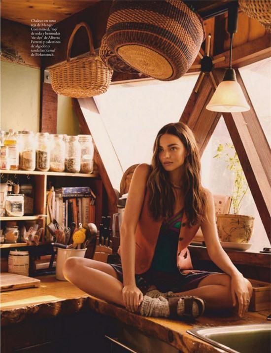 Miranda Kerr đã từ giã sự nghiệp người nhiều năm nay từ khi kết hôn với tỷ phú công nghệ kém 7 tuổi. Cô tập trung vào điều hành thương hiệu mỹ phẩm hữu cơ Kora và thiết kế nội thất.