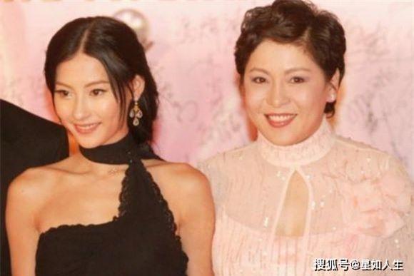 Nối lại quan hệ với vợ 'ông trùm xã hội đen' để kiếm chỗ dựa, Trương Bá Chi bị tố xấu tính, hách dịch khinh người 4