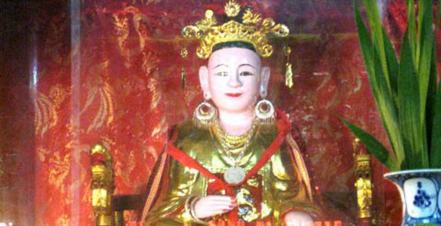 Tượng thờ Lý Chiêu Hoàng