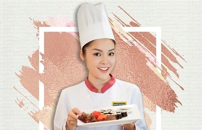 Vào vai đầu bếp của phim Tiệm ăn dì ghẻ, Dương Cẩm Lynh quay phim trong bối cảnh nhà hàng cao cấp, có dịp tiếp xúc và nếm nhiều món ngon.