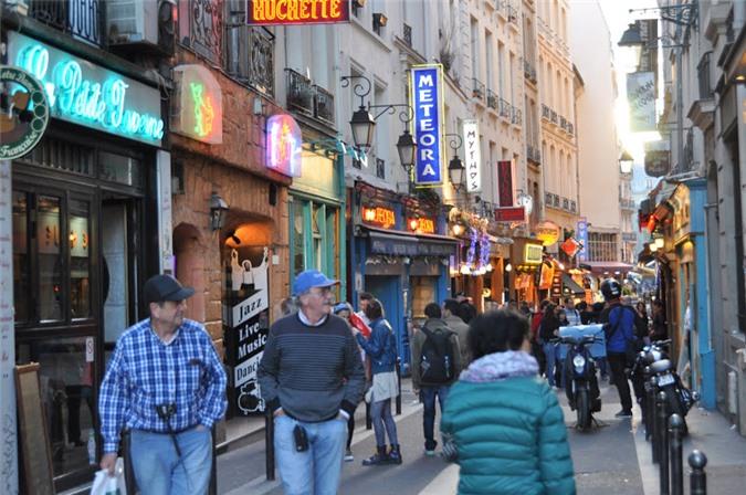 Triết lý sống của người Paris: Người hạnh phúc là người không có quá nhiều ham muốn - Ảnh 2