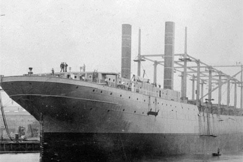 Chiến hạm khổng lồ USS Cyclops có thể đạt trọng tải hàng hóa lên tới 12.500 tấn