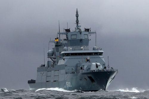 Mới đây Tập đoàn đóng tàu ThyssenKrupp Marine Systems và Hải quân Đức đã ký biên bản tiếp nhận khu trục hạm thứ hai thuộc lớp F125 (Type 125) Baden-Württemberg vào biên chế, con tàu mang tên Nordrhein-Westfalen và có số hiệu là F223