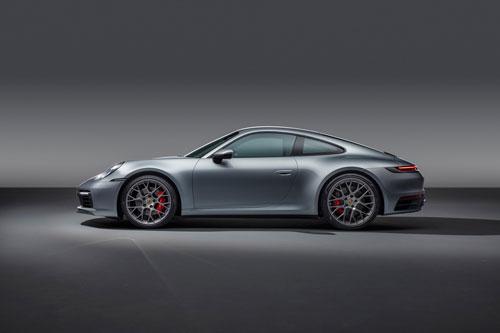 12. Porsche 911 (992).