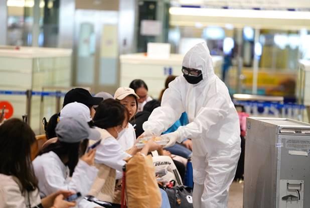 Hà Nội ban hành chế độ phụ cấp cho người tham gia chống dịch Covid-19.